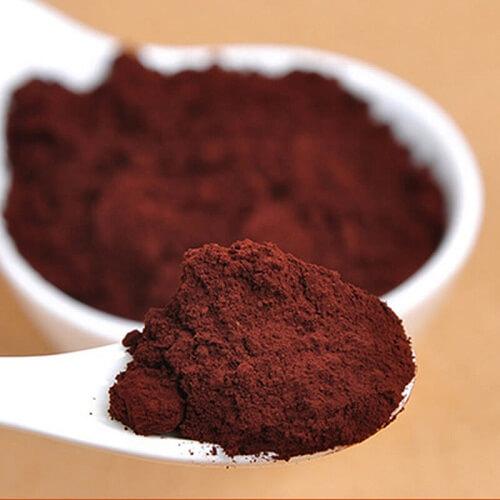 Grind whole red Ganoderma into powder