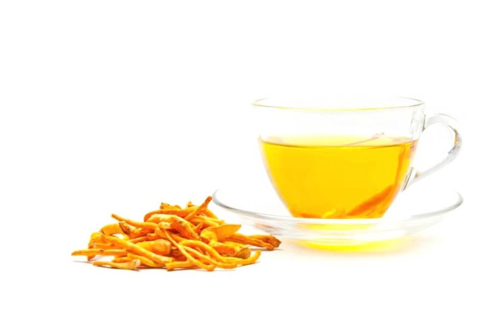 There are many ways to use cordyceps different depending on the type of whole or preparations (in pill form, liquid form)
