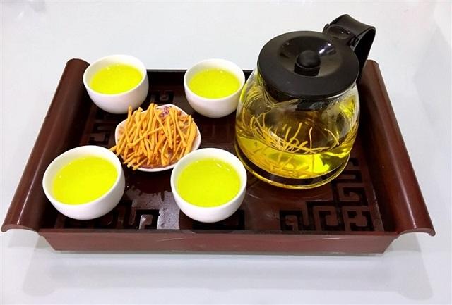 Bạn có thể sử dụng đông trùng hạ thảo để pha trà để dùng
