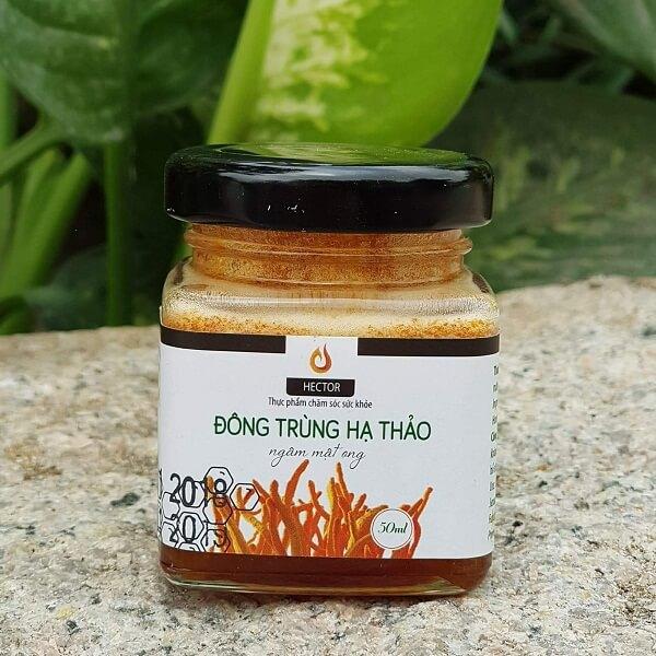 Sản phẩm đông trùng hạ thảo ngâm mật ong do tổng Công ty Lavite cung cấp nguyên liệu