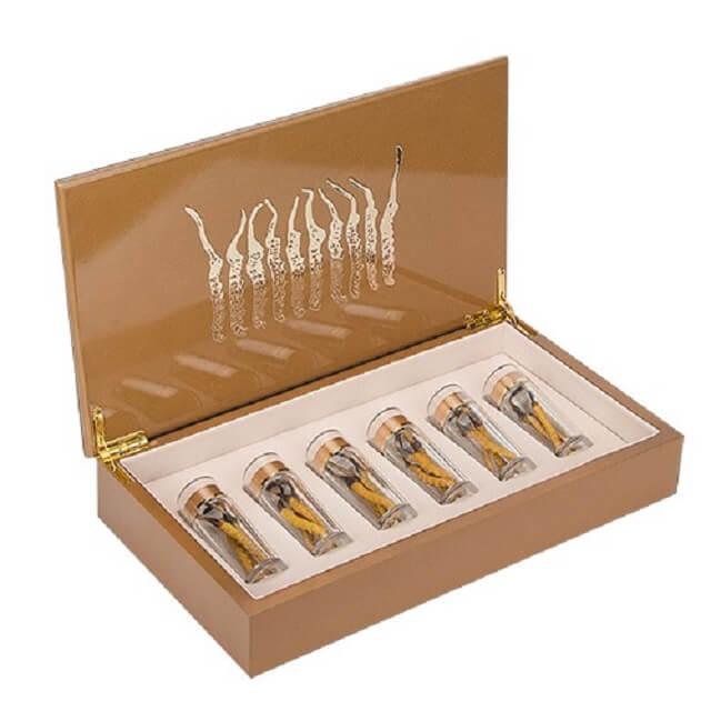 Phuc Nguyen Duong whole Tibetan cordyceps cordyceps box is beautifully designed