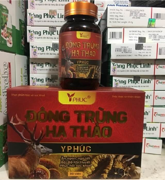 1 box of cordyceps Y Phuc in capsule form contains 30 capsules