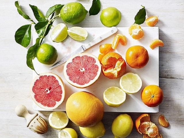 Bổ sung vitamin từ bưởi và cam